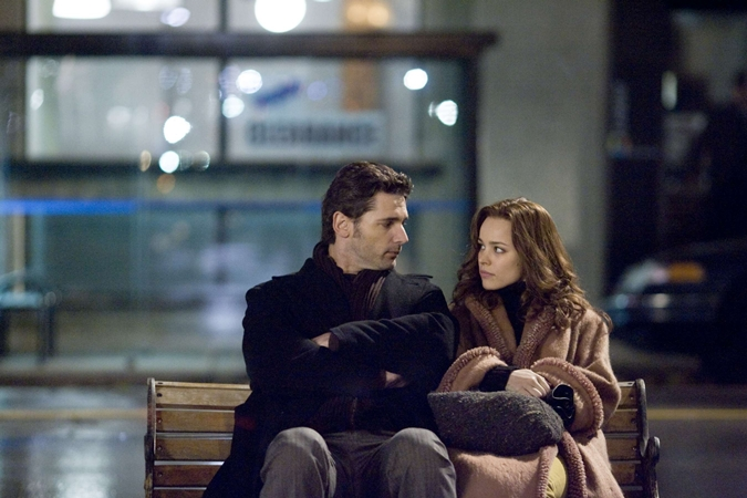 "ERIC BANA as Henry DeTamble and RACHEL McADAMS as Clare Abshire in New Line Cinema's romantic drama ""The Time Traveler's Wife,"" a Warner Bros. Pictures release. PHOTOGRAPHS TO BE USED SOLELY FOR ADVERTISING, PROMOTION, PUBLICITY OR REVIEWS OF THIS SPECIFIC MOTION PICTURE AND TO REMAIN THE PROPERTY OF THE STUDIO. NOT FOR SALE OR REDISTRIBUTION."