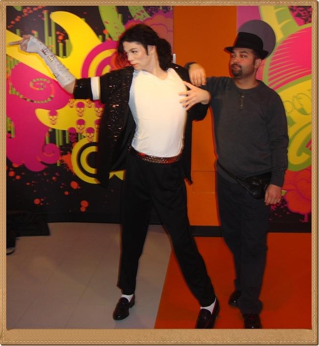 Michael-Jackson-Wax-Statue-in-Wien-Vienna-Austria