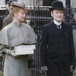 120126_MOV_albertNobbs.jpg.CROP.rectangle3-large